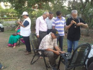From Left - OM Vilas (VU2VPR) Tunning his antenna. Om Prof. Subhash Rajwal (esident of the township who attended the work shop), OM Udaya (VU2UPQ), Om Srini (VU2MUA), OM Milind (VU2MSB), Om Ashok (VU2ASH - operating the field station/Rig).