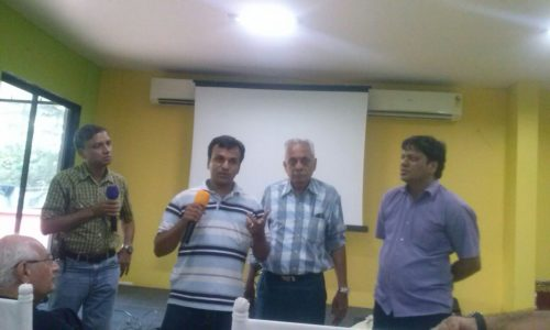 Thats me giving some info on availability of RTL SDR dongles in India.