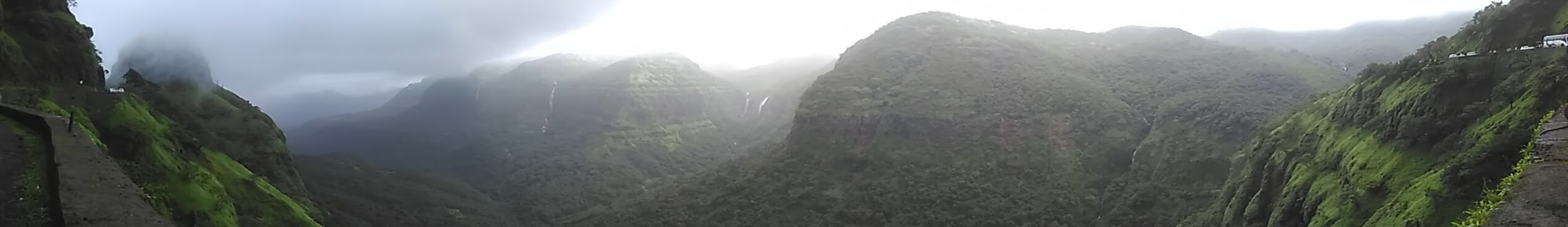 Varandha-ghat-panorama